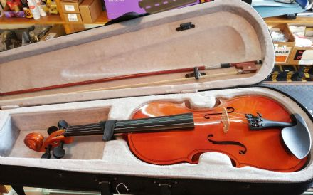 Student 3/4 Violin Outfit (Pre-Owned)